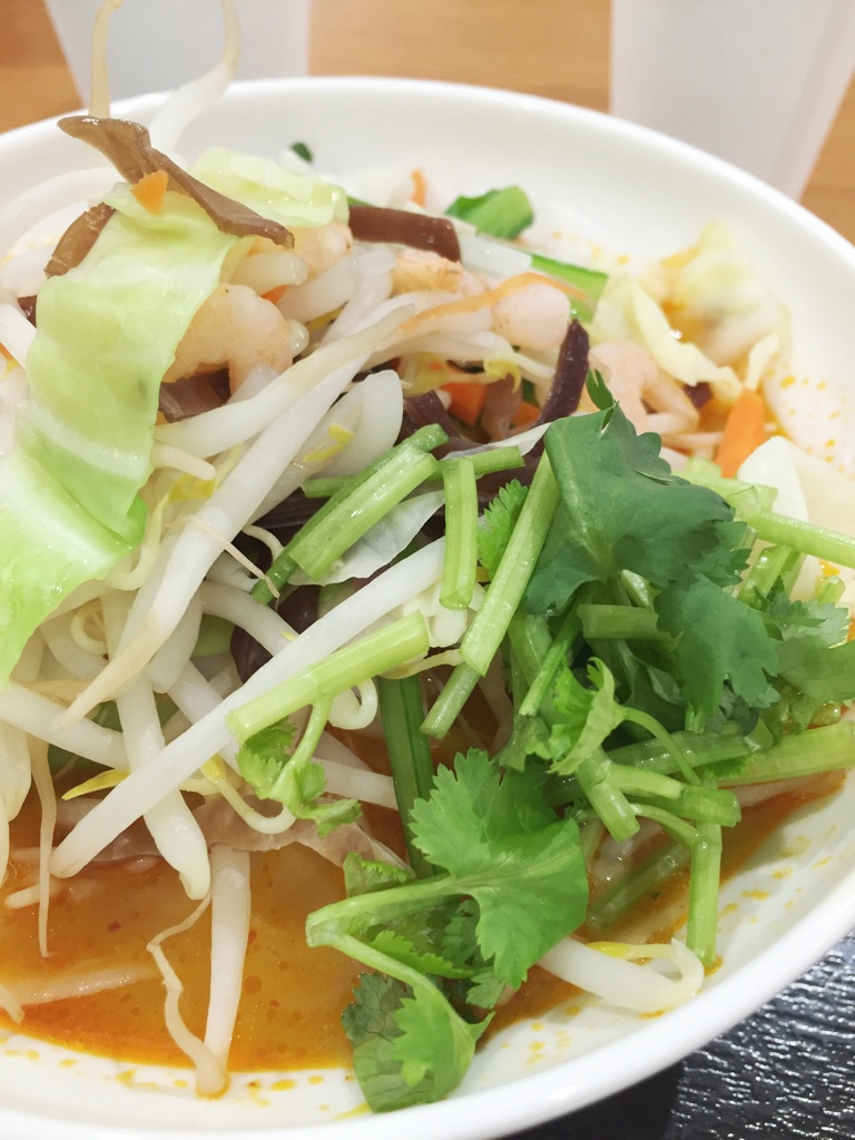 【閉店】パクチー祭り第2弾!マルコポルコ(千葉ニュータウンイオン)の刀削麺。