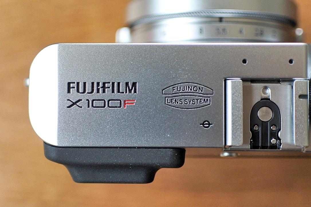 『X100F』(デジカメ)開封の儀。インスタ映え必至!興奮しすぎて震えました・・。
