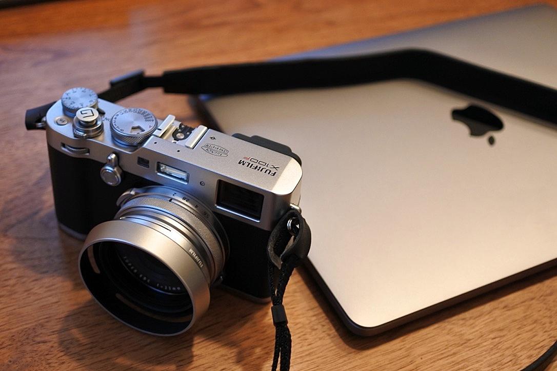 FUJIFILM X100F ドレスアップ。『レンズフード』『ソフトシャッターボタン』でお洒落度UP。