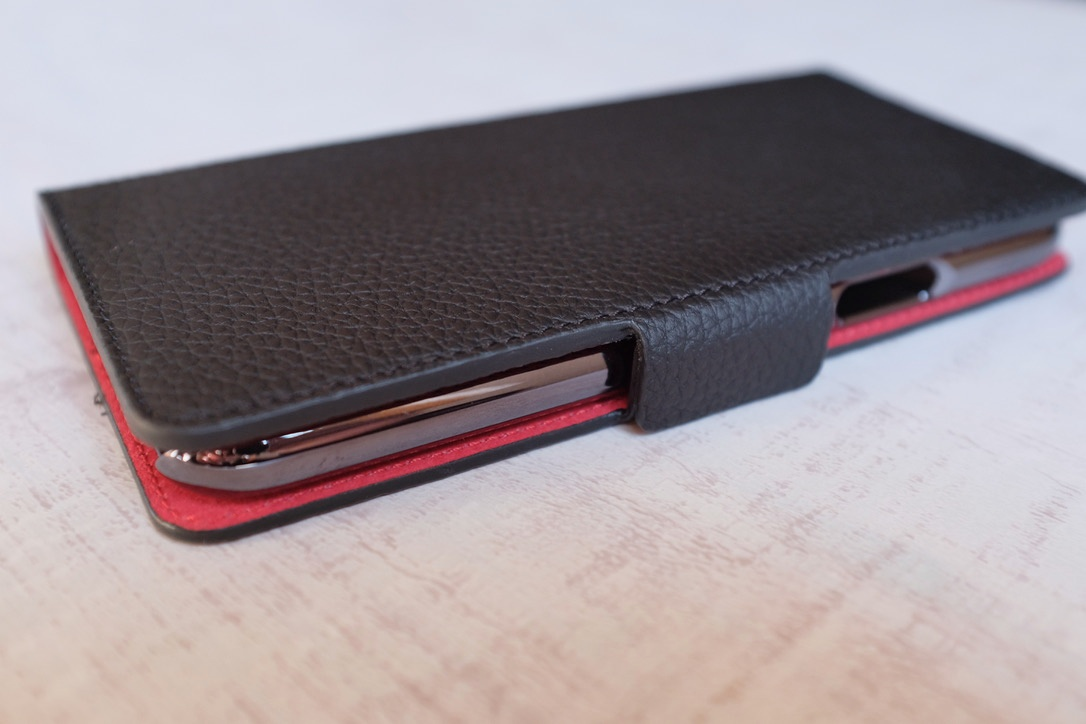 【BONAVENTURA(ボナベンチュラ)レビュー】こだわりの高級iPhoneXレザーケース